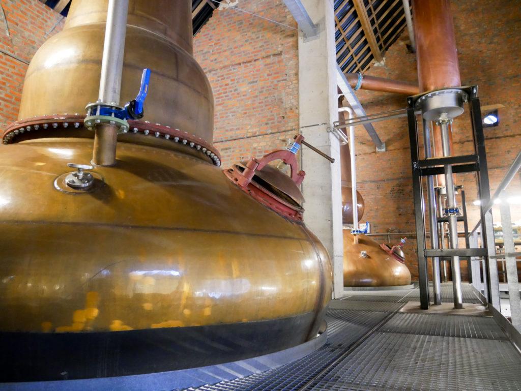 Les alambics de Belgian Owl - le whisky belge