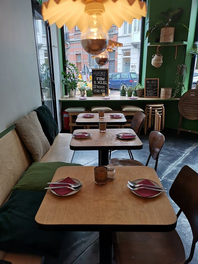 SemSom - intérieur du restaurant